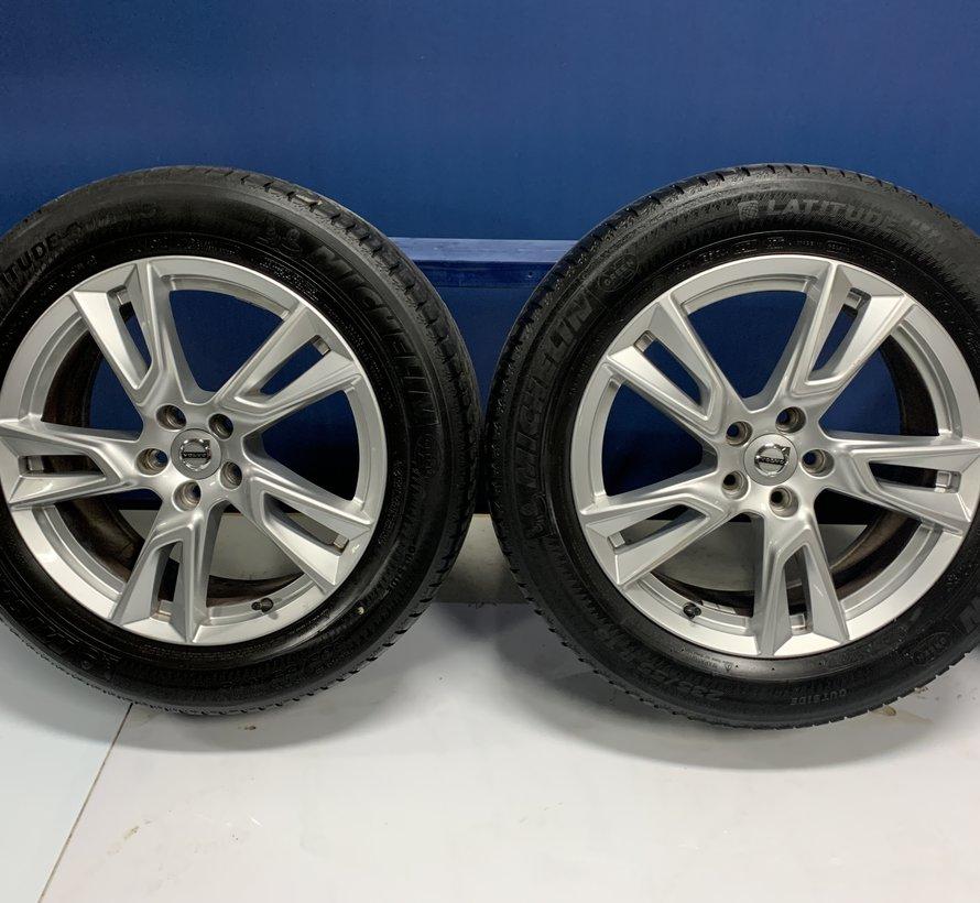Volvo 18 inch 5 spaak velgen + zomerbanden XC40