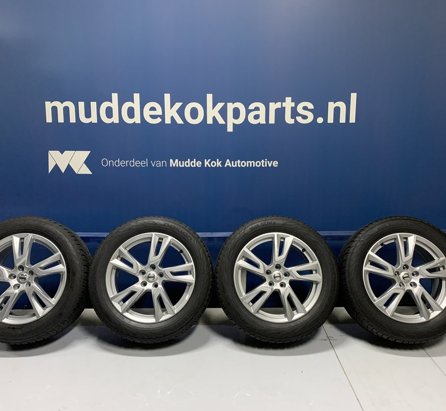 Volvo 18 inch 5 dubbel spaak velgen + winterbanden XC40 - V90CC