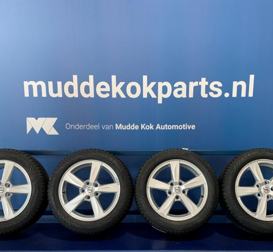 Volvo NIEUWE Matres velgen + winterbanden V40/S40/V50/C30