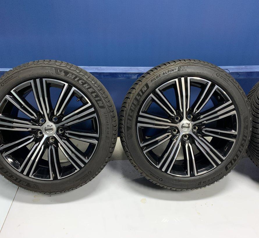 Volvo 18 inch velgen + winterbanden V60 / S60 2018-
