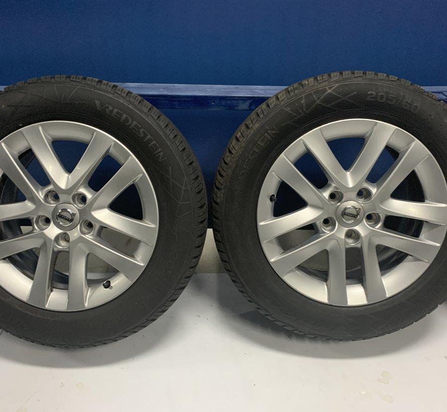 Volvo 16 inch Pangaea velgen + winterbanden V70 / V60 l / S60 ll