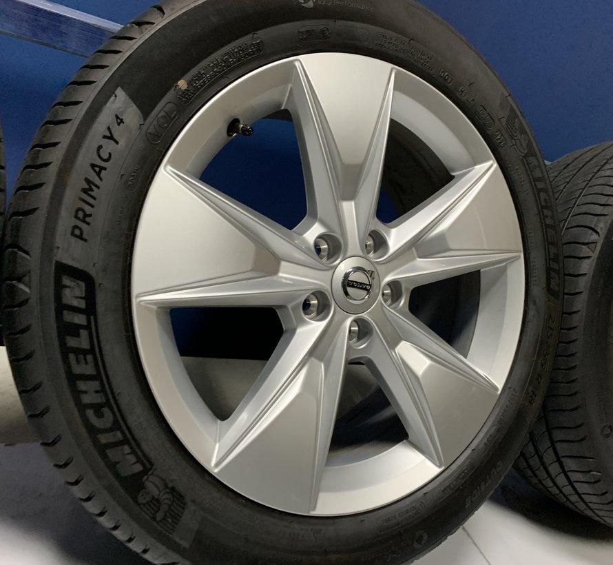 Volvo 18 inch 5 spaak velgen + Zomerbanden V60 CC 2019-