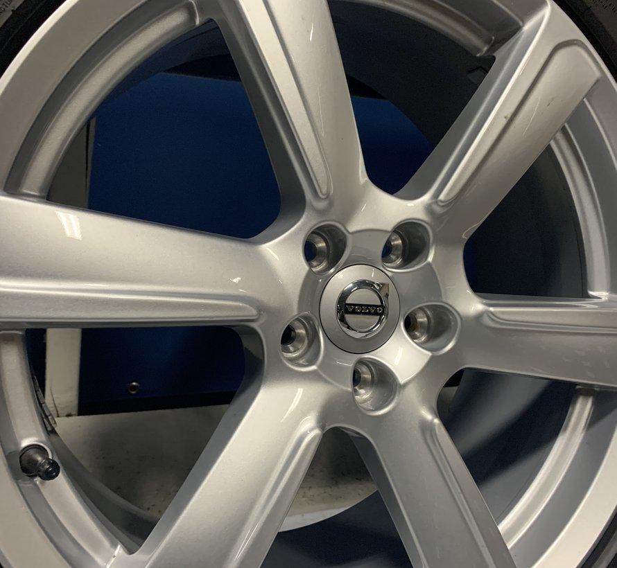 Volvo 19 inch 6 spaak velgen + winterbanden XC90 2015-