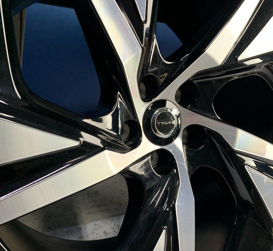 Volvo 20 inch R-design velgen + zomerbanden XC90 2015-