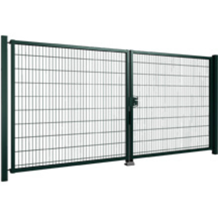 Swing gates with mesh panel filling