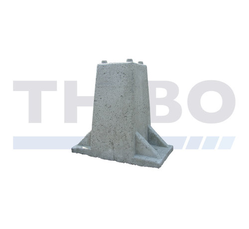 Hoog betonnen poort-/fundatieblok voor poortpaal op voetplaat