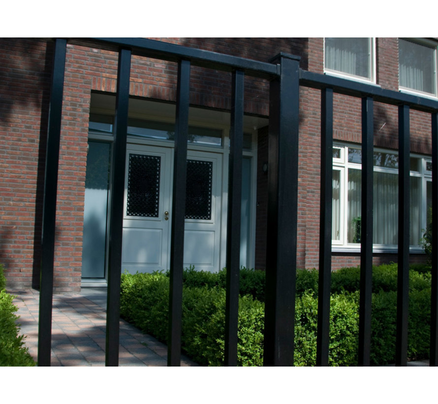 Bar fencing with square bars type Tyro per meter