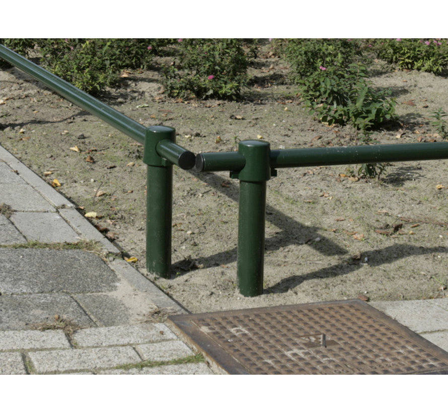 Flower bed fencing posts with or without hole