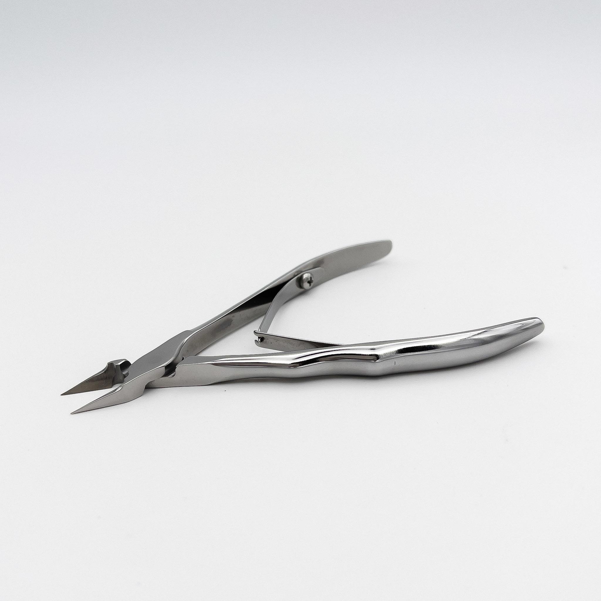 STALENA Pince à ongles incarnés petite - pointu  avec poignée ergonomique K-09 (N7-61-12)