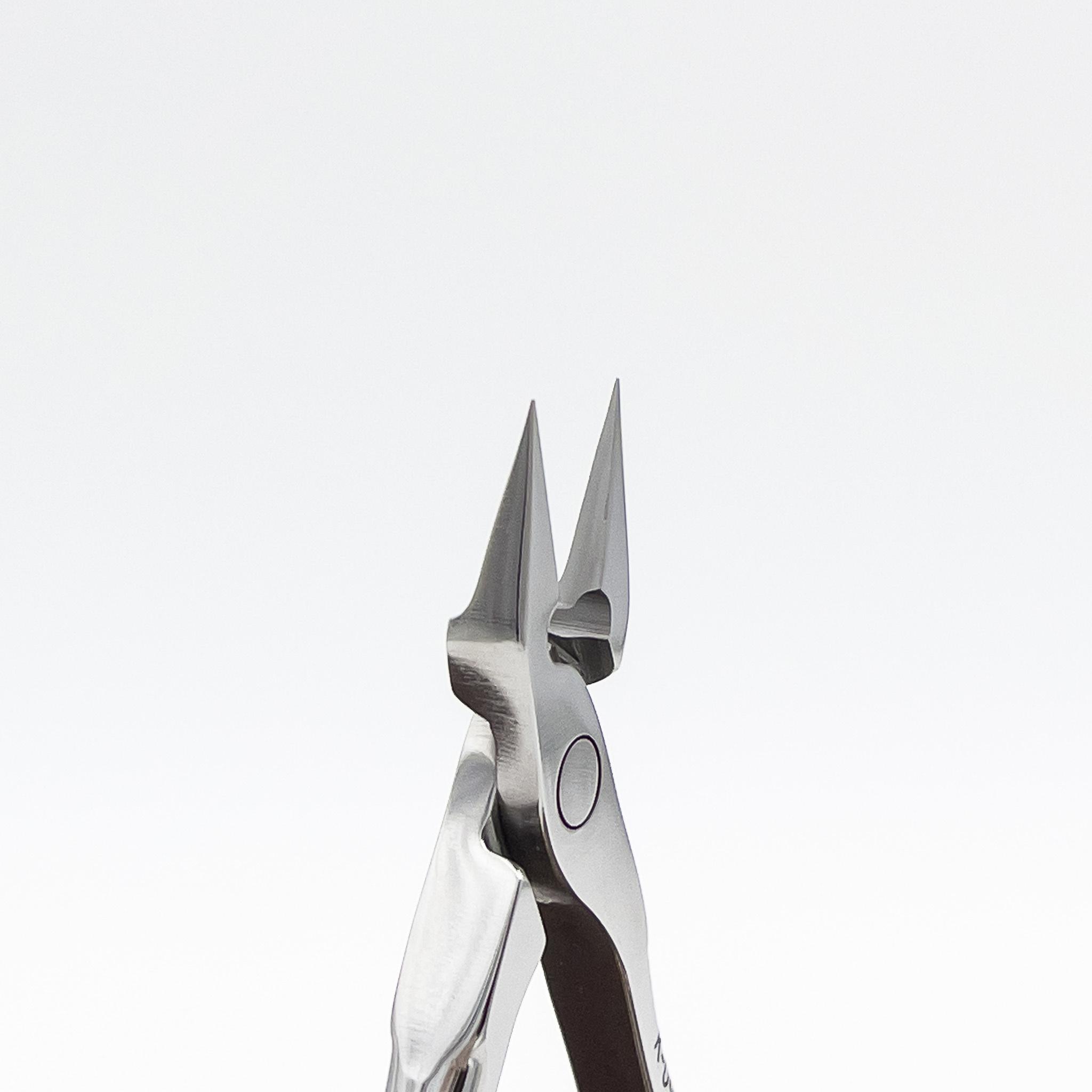 STALENA Hoektang spits - klein met  ergonomische handgreep K-09 (N7-61-12)