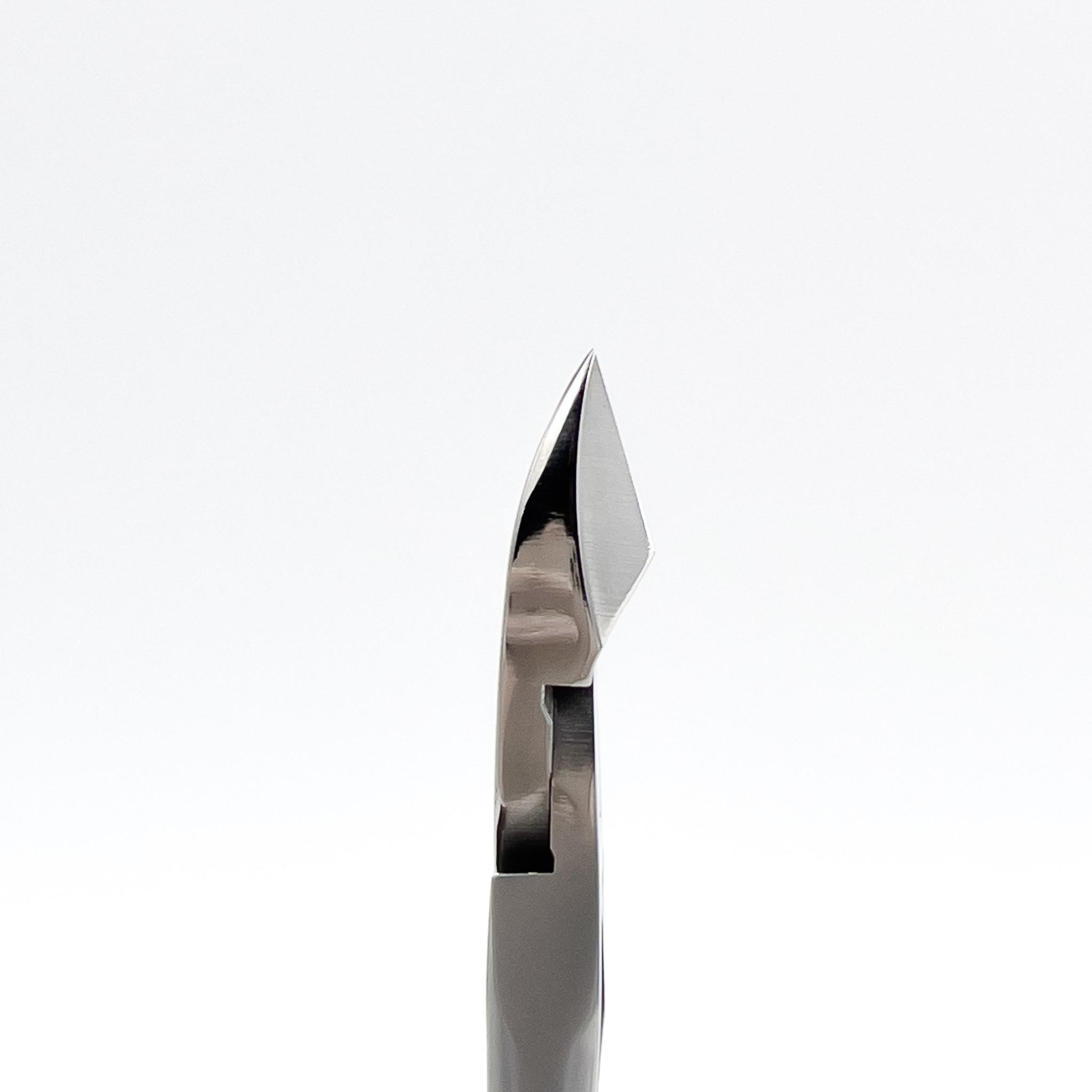 STALENA Pince à peau medium avec poignée ergonomique KL-01
