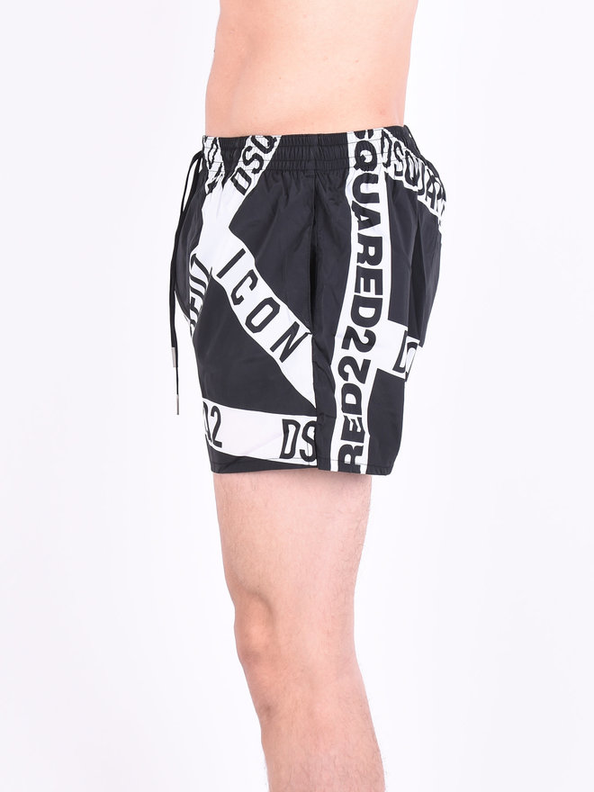 5a1910fbe48af Dsquared2 Dsquared2 'Punk Icon' Swimshorts Black White. -10%