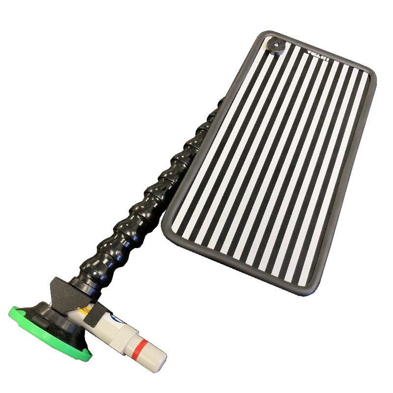 Striped aluminium reflector board with rubber edge trim