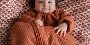 Help! Wat trek ik mijn baby aan in bed?