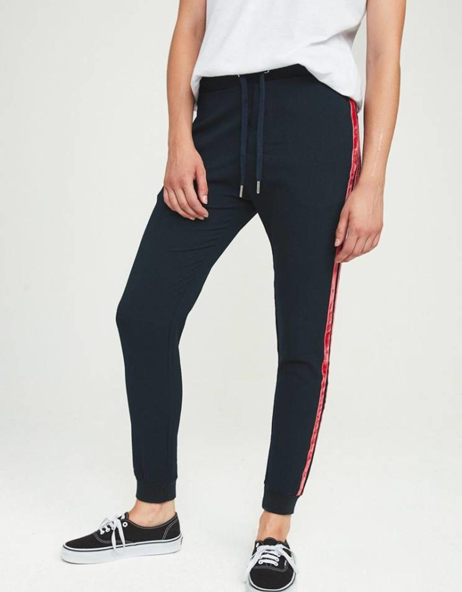 Zoe Karssen Trousers Loose fit FW181318