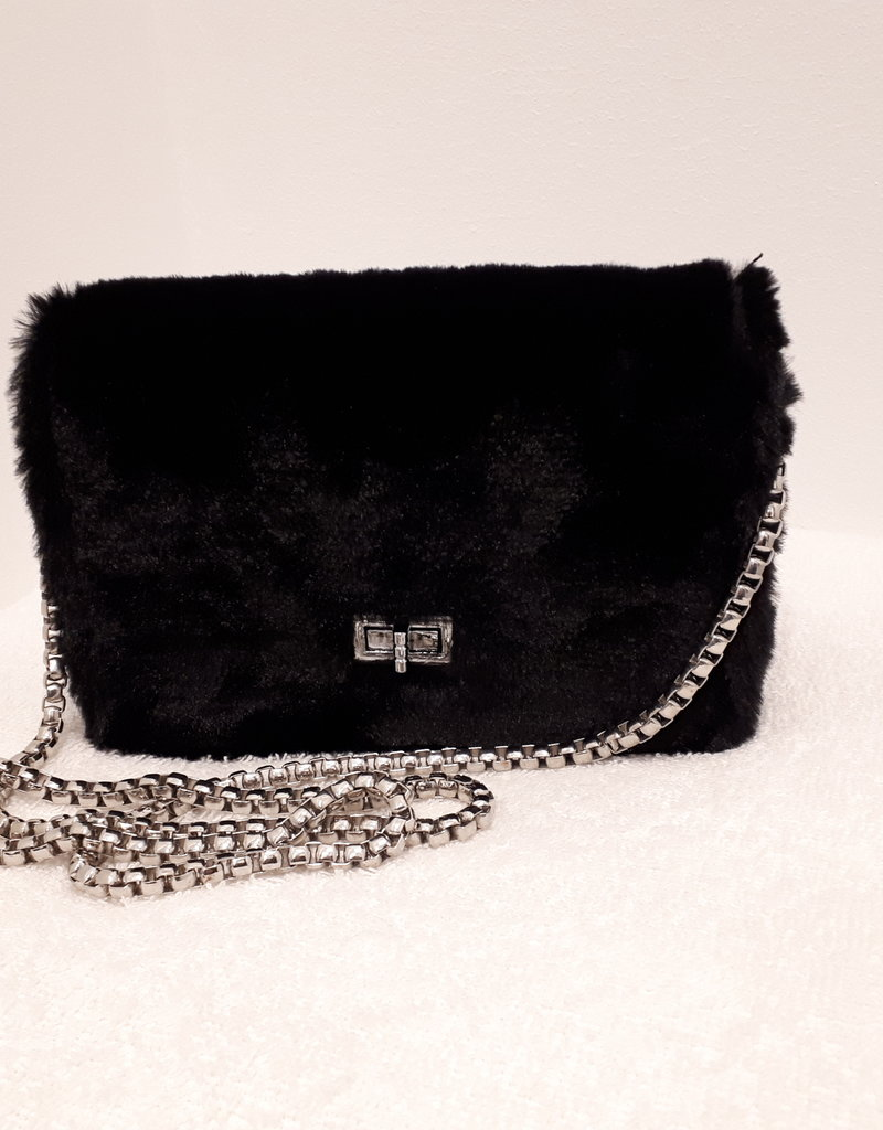 About accessories  Bag Black with Fur