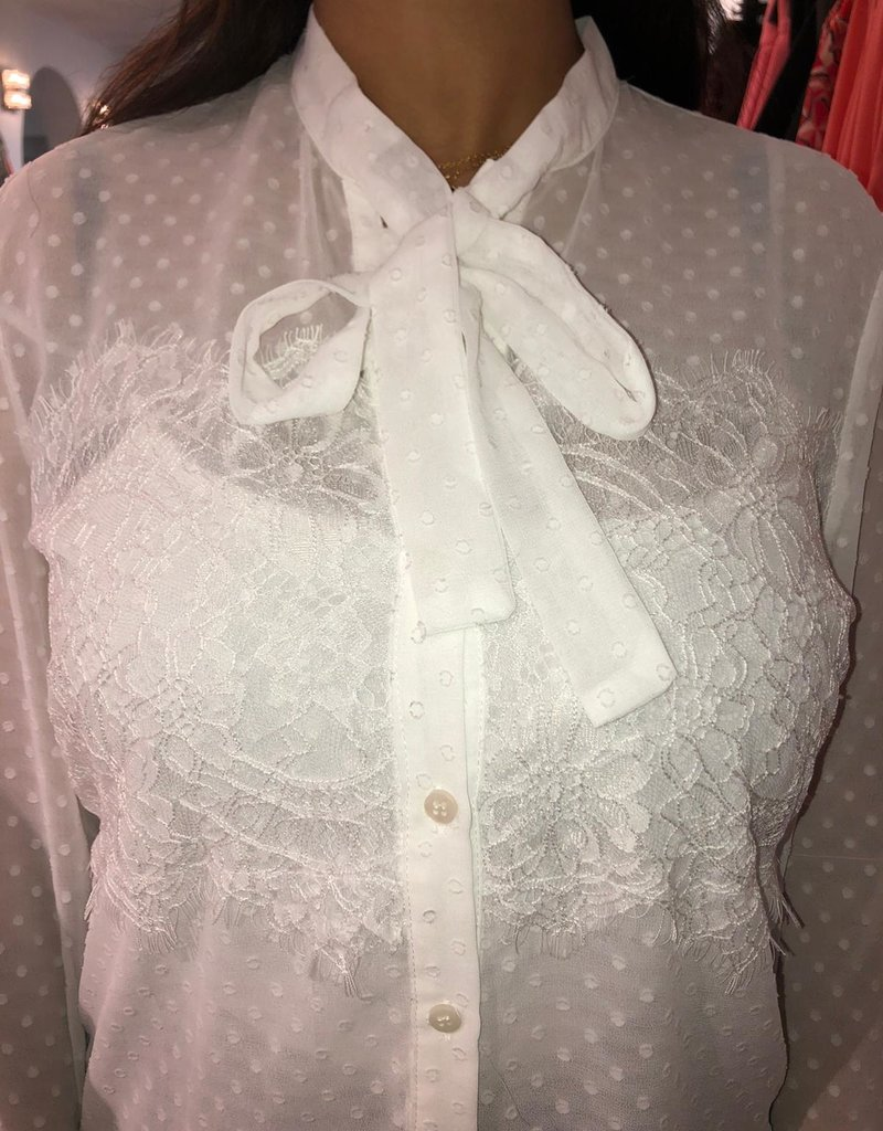 C&S Blouse With Lace And Dots