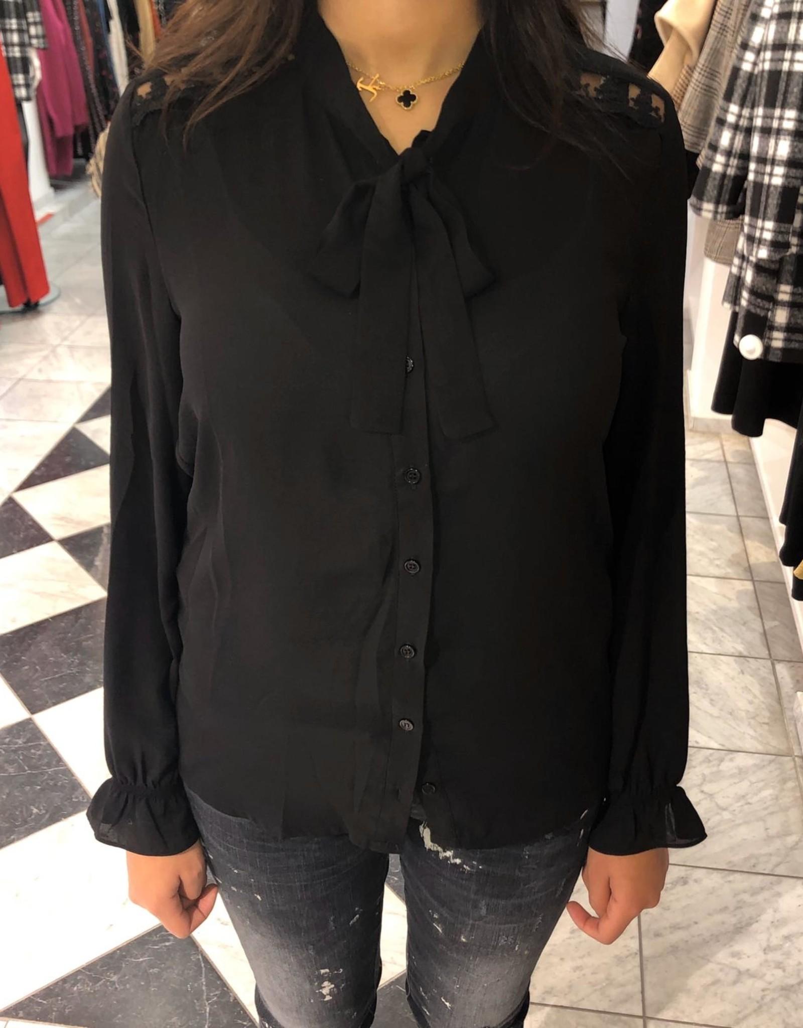C&S  Blouse Black