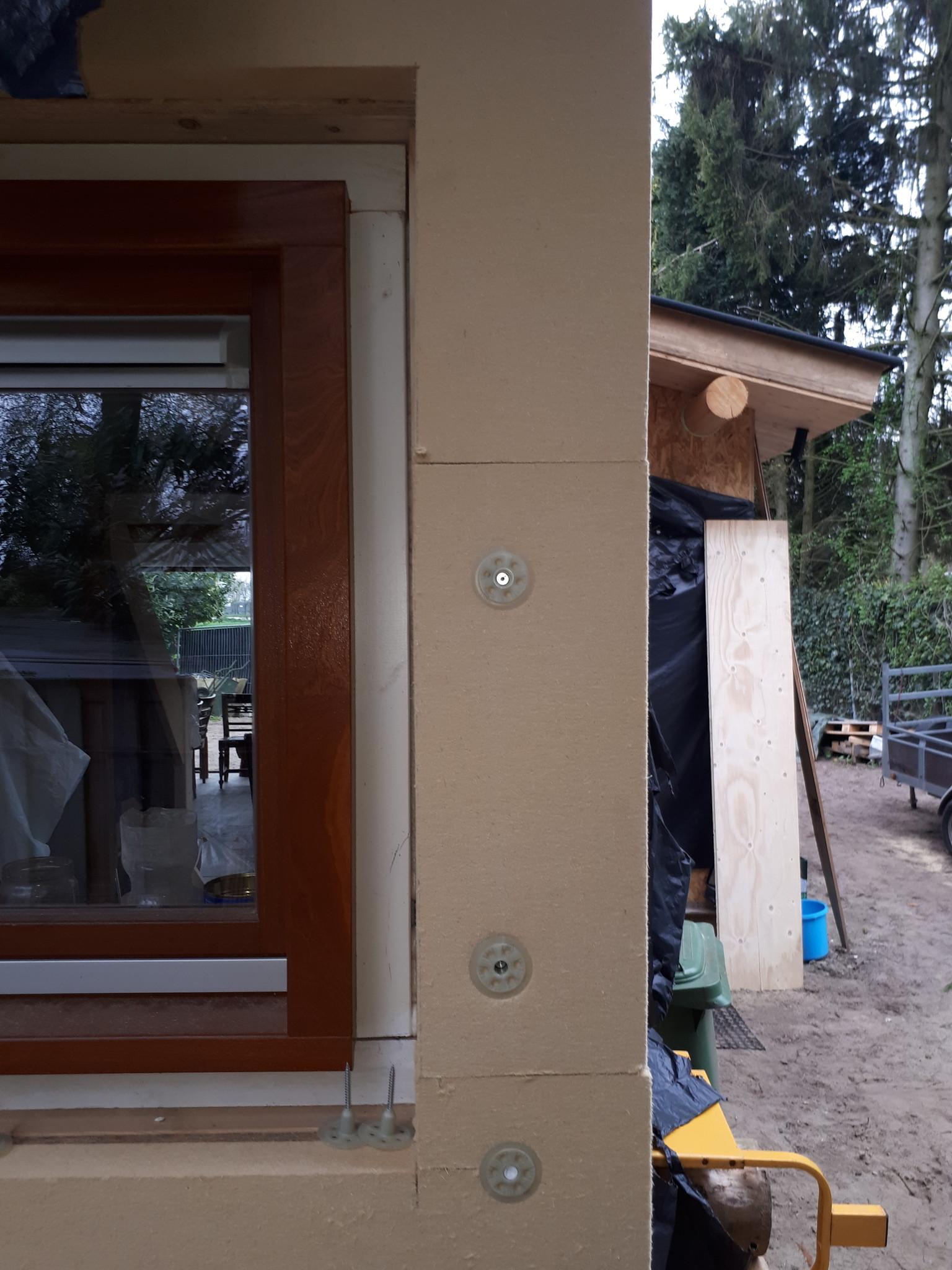Eco-huis Mike-de-noenes-eco-logisch-leem-kalk-gutex-thermowall-houtvezelisolatie.jpg