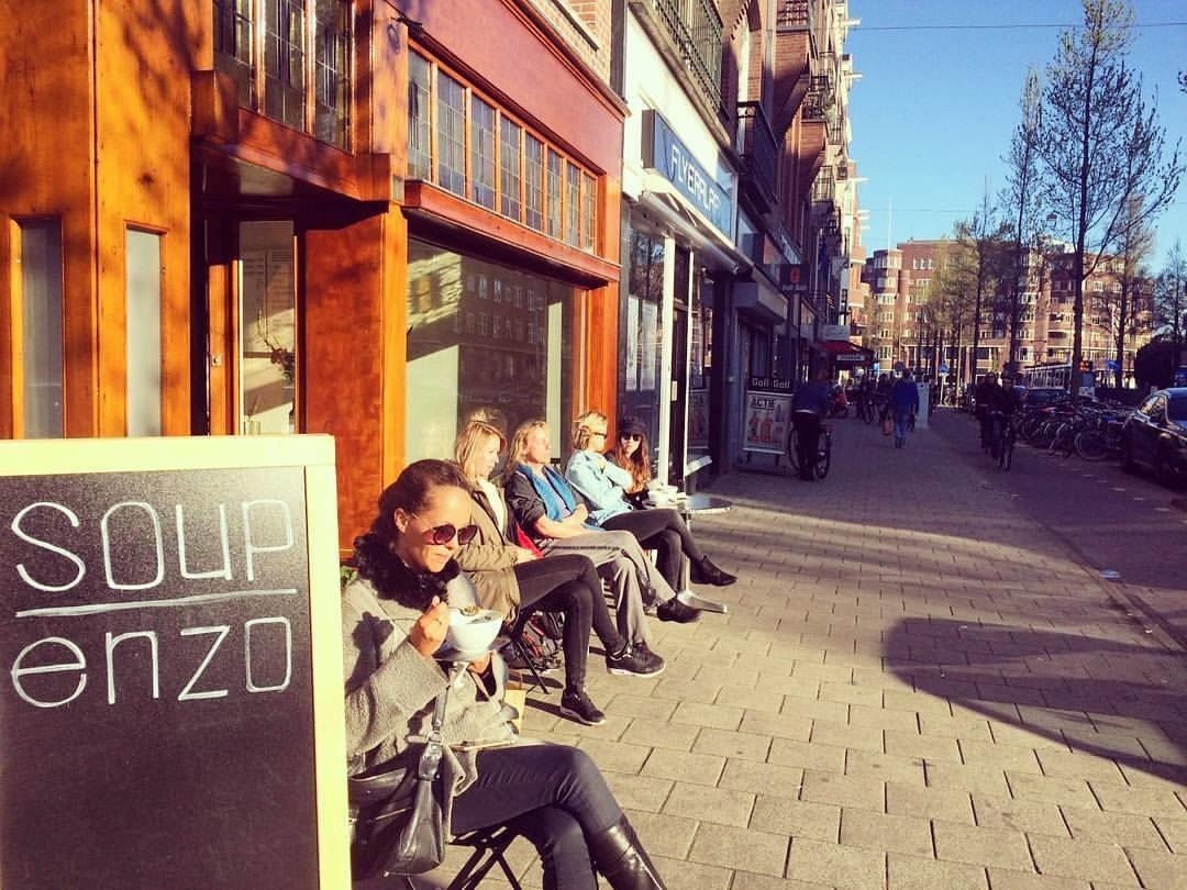 Biologisch Restaurant Soep en zo WEM klimaat elementen leemplaten wand vloerverwarming kalkstuc