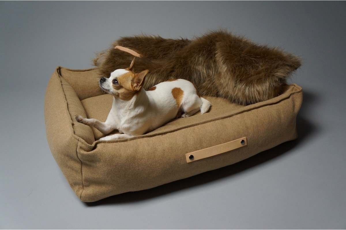 Labbvenn Movik Dog Bed Honey