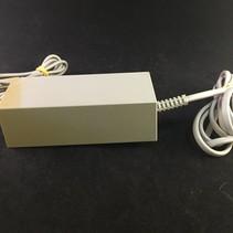 Nintendo Wii adapter - verkleurd