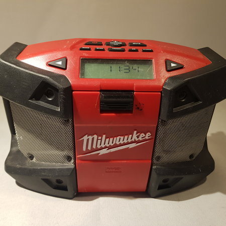 Milwaukee radio + Multi accu lader
