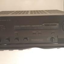 Yamaha AX 700 Versterker