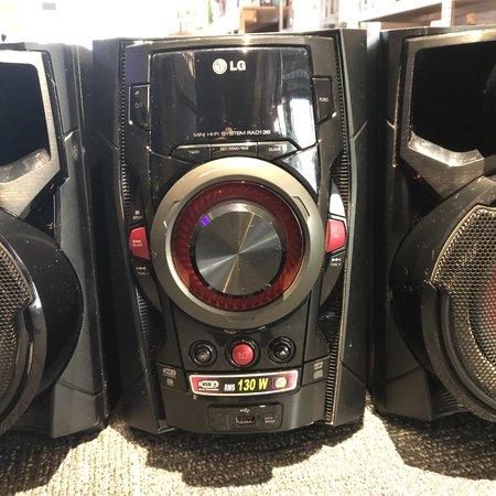 LG LG RAD136 - Microset - Zwart