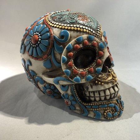 Ibiza style schedel