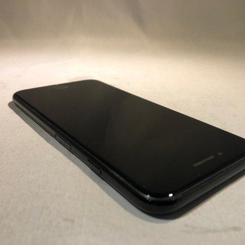 Apple iPhone 7 - 128 GB - Jet black