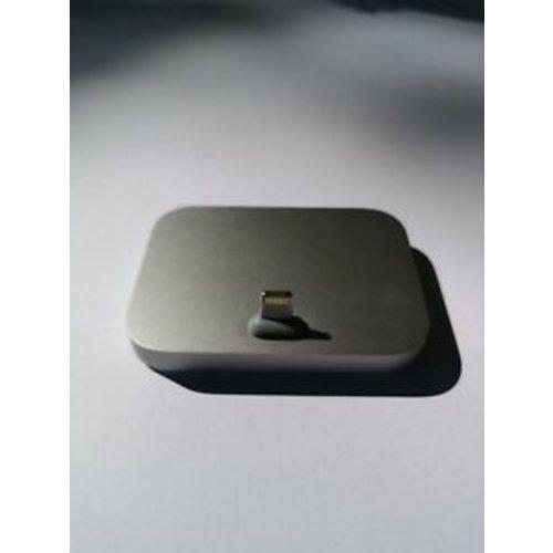 Apple A1717 docking