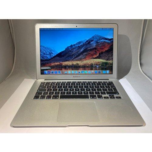Apple macbook air mid 2011 - A grade