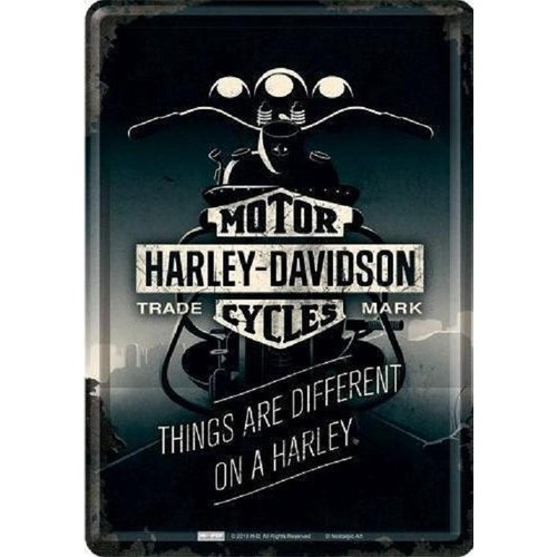 nostalgic art Harley-Davidson Things are different on a Harley Metalen Postcard 10 x 14 cm