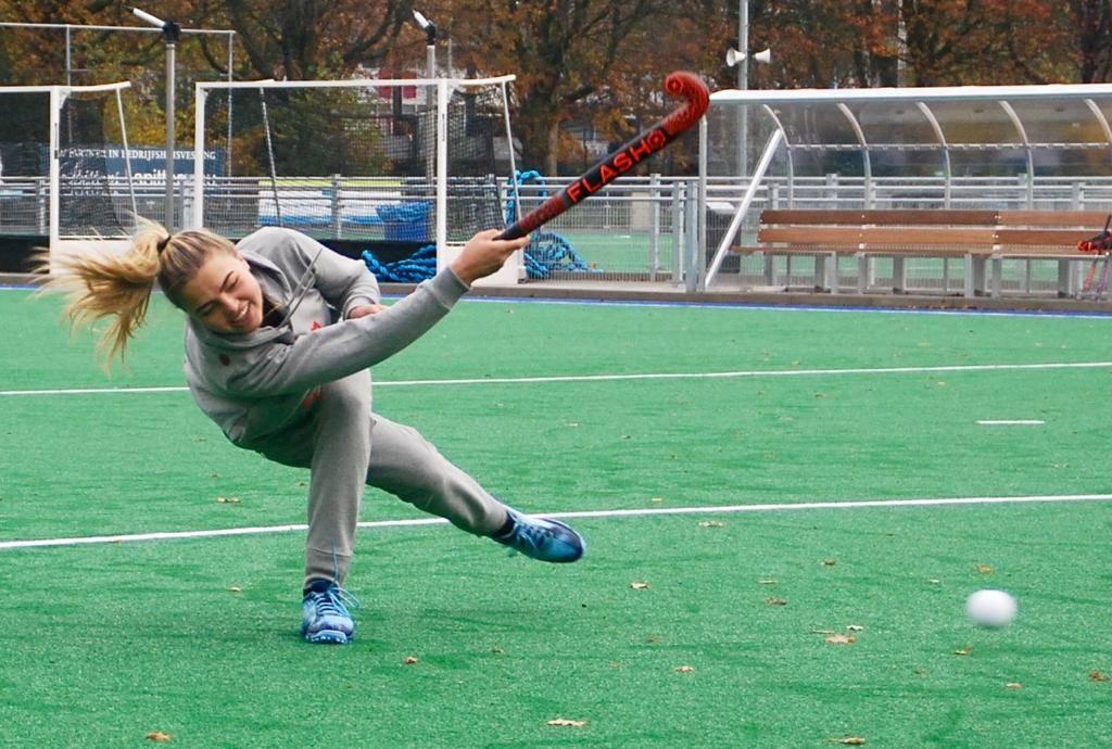 Crown Pro Hockeystick - Low Bow
