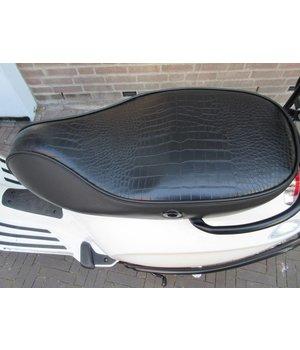 Zwart Custom zadel buddyseat voor Vespa Sprint en Primavera