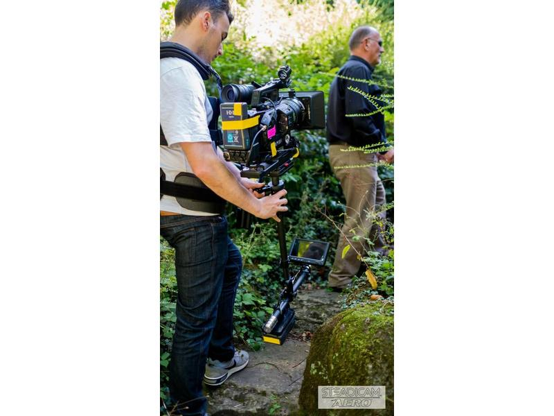 Steadicam Steadicam Aero 30 System with Sled, 7 inch 3G-HD/SD/HDMI Monitor, Arm, Vest and BP-U Mount (A-HDBP30),  Aero-30 Max Weight Capacity up to 20lb/ 8.5 kg …