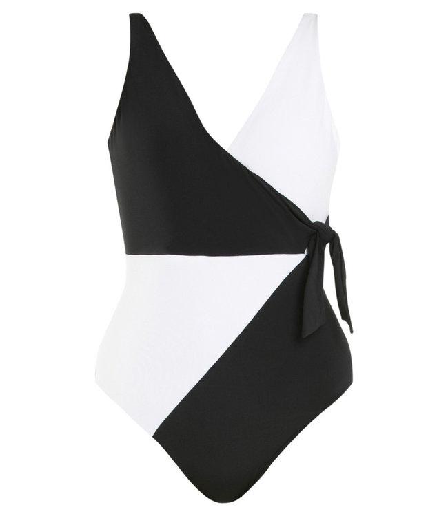 Jets Swimwear Wrap Onepiece Black/White
