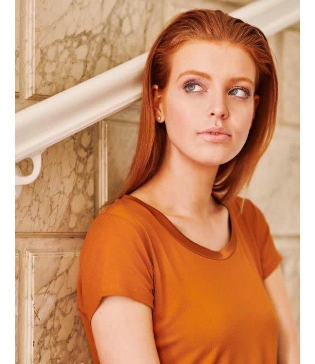 Essenza Luyza Uni Top Short Sleeve Leather Brown