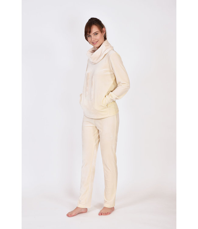 Lords & Lilies 202-5-LHK-V/106Dames sweater en broek