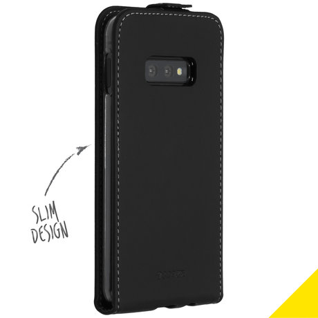 Accezz Flipcase Samsung Galaxy S10e (D)