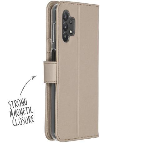 Accezz Wallet Softcase Booktype Samsung Galaxy A32 (5G) - Goud (D)