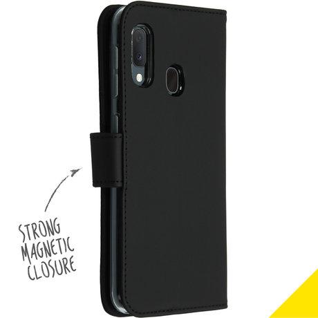 Accezz Wallet Softcase Booktype Samsung Galaxy A20e - Zwart (D)