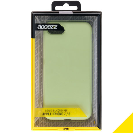 Accezz Liquid Silicone Backcover iPhone SE (2020) / 8 / 7 - Groen (D)