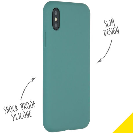 Accezz Liquid Silicone Backcover iPhone Xs / X - Donkergroen (D)