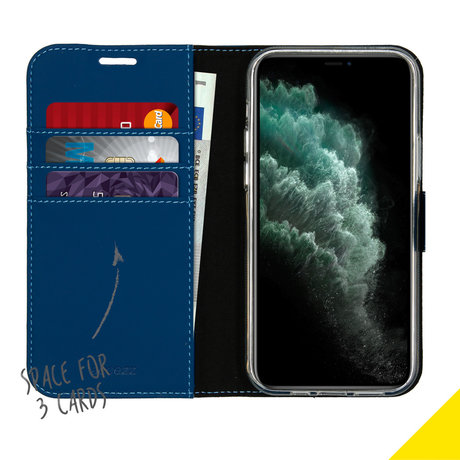 Accezz Wallet Softcase Booktype iPhone 12 (Pro) - Blauw (D)