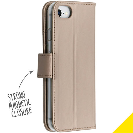 Accezz Wallet Softcase Booktype iPhone SE (2020) / 8 / 7 / 6(s) (D)