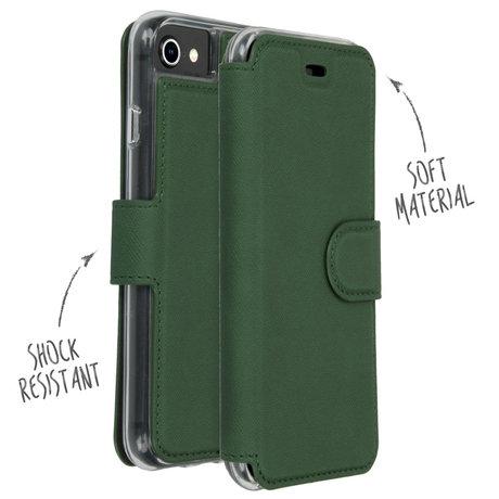 Accezz Xtreme Wallet Booktype iPhone SE (2020) / 8 / 7 -Donkergroen (D)