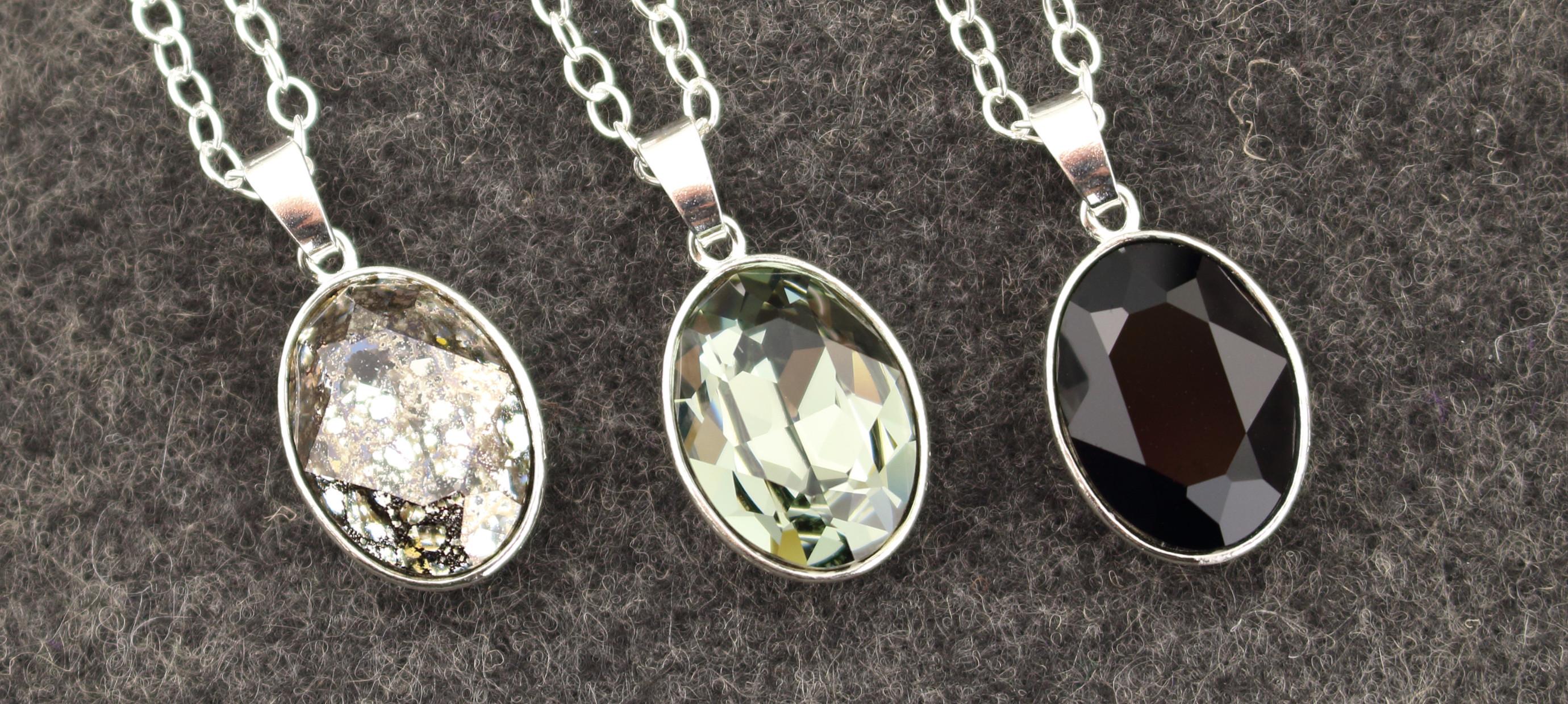 Dark crystal - jewelry with black  crystal