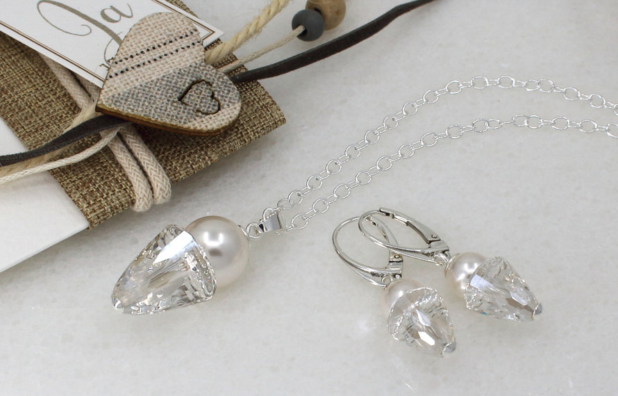 Bridal jewelry with Swarovski crystal